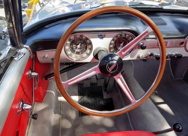 1962 Lancia Flamina cockpit