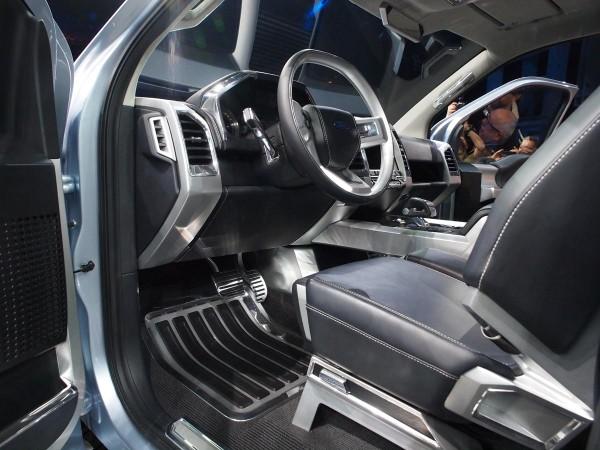 Ford Atlas F-15 Concept interior
