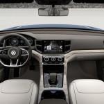 VW Crossblue Diesel Hybrid Concept interior