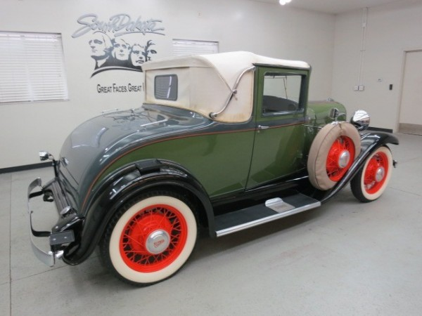 1931 Willys Six coupe