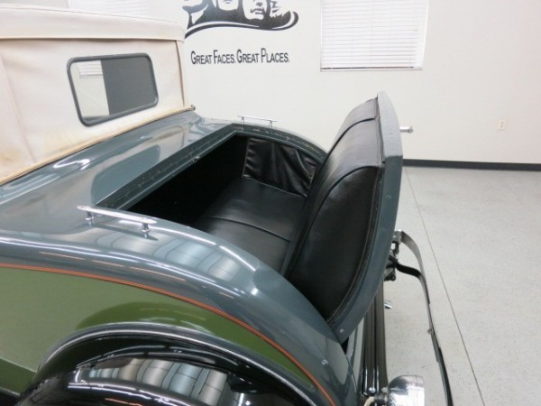 1931 Willys Six rumble seat