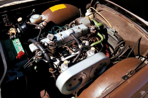1976 Triumph TR6 motor