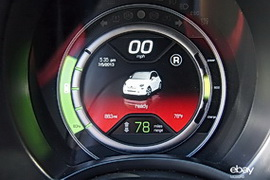 Fiat 500e information display