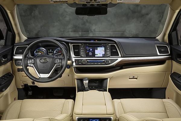 2014 Toyota Highlander Hybrid interior