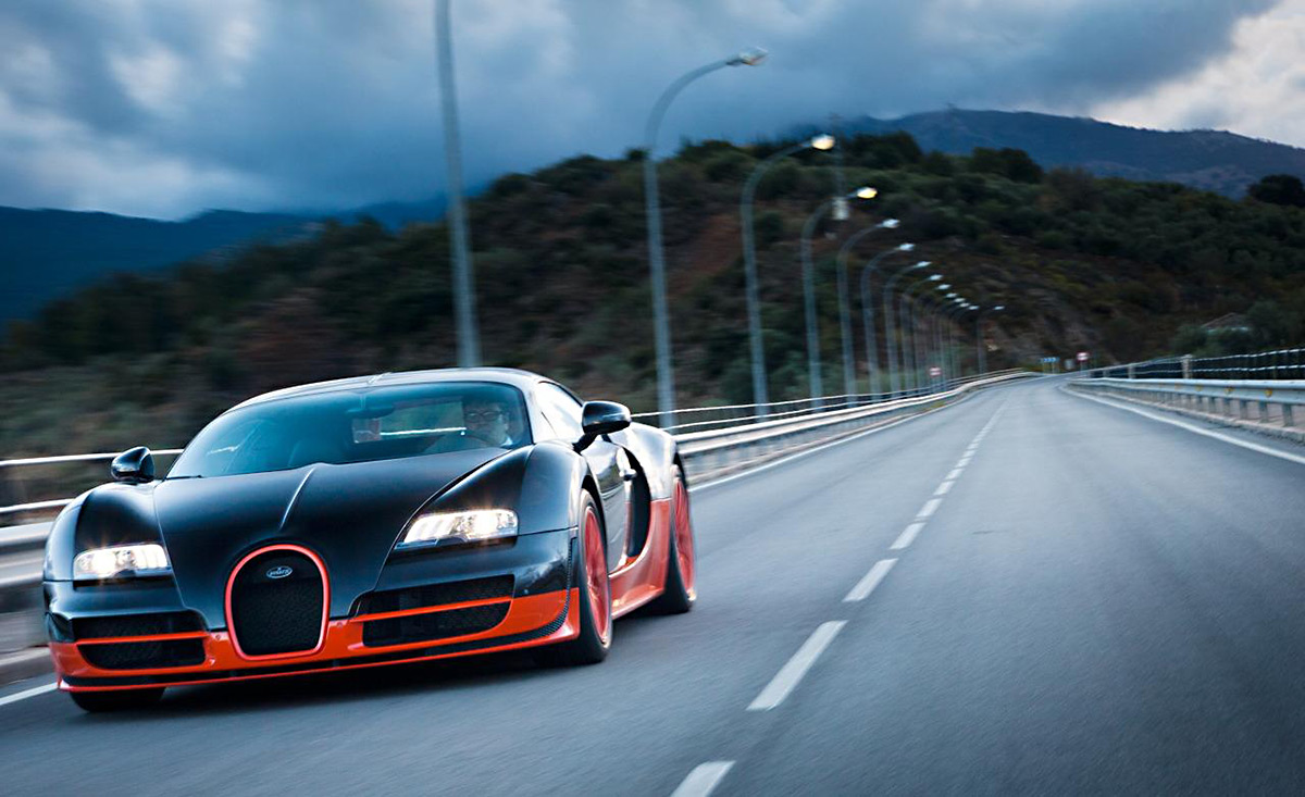 ... Highest Top Speed Ever Recorded. Superior In Every Sense Of The Word,  The Veyron Super Sport Has Become A Head Turner Everywhere It Goes. 0 60  Mph Time?