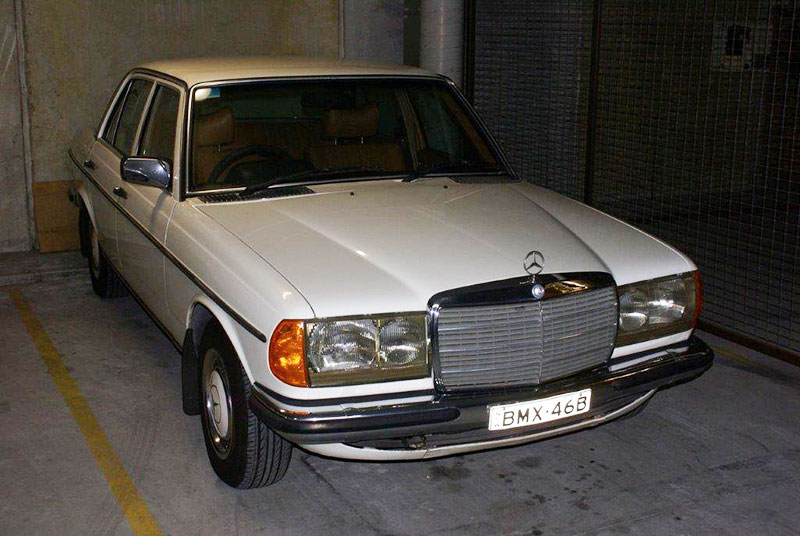Australian repair shop preps mercedes 280e for rally from for Ebay motors mercedes benz