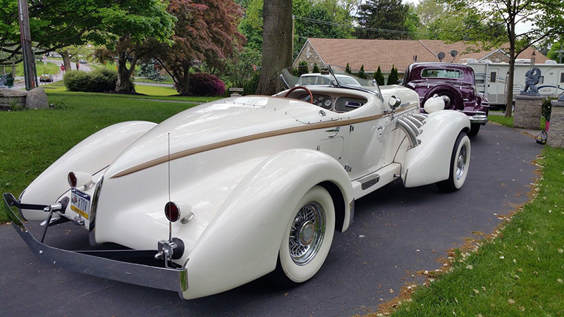 California Custom Coach Reinvents the 1930s Auburn ...